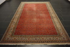 Beautiful, old, hand-knotted oriental carpet. Kayseri pattern 200 cm x 300 cm, carpet made in Turkey around 1950