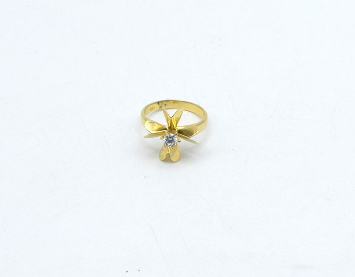 14 k yellow gold ring with zircon - 17.5 mm