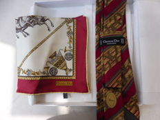 Christian Dior – Lot consisting of a tie and small scarf in silk in their original box