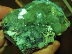 Rare Green Apatite crystals with Siderite & Calcite - 10 x 8 x 5 cm - 400 g