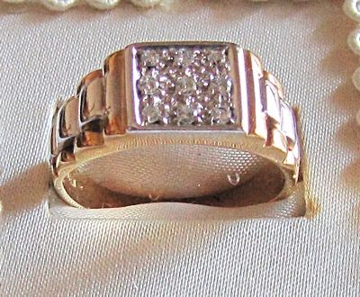 Men's bi-coloured 18 kt gold ring with diamonds totalling 0.27 ct – Ring size: 22