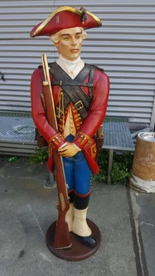 Wonderful sculpture of an old soldier - height 185 cm