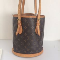 Louis Vuitton, bucket shoulder bag/hand bag