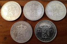 The Netherlands - 2½ guilders 1931, 1932, 1937, 1939 and 1943D Wilhelmina - silver