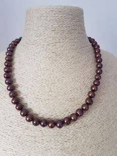 Chocolate brown cultured fresh water ring pearl necklace with 14Kt yellow gold clasp, approx 45cm long