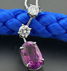 High carat Sapphire Brilliant pendant 3.45 ct, out of which one pink Sapphire of 3.02 ct in platinum, NO RESERVE PRICE!