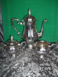 Leonard and Towle silver-plated tea/coffee pot, sugar bowl and milk jug - Signed Towle and Leonard - Very good condition