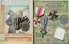 Large lot archeological find/attic find lot: medals, abzeichen, etc. WW2.