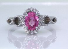 Diamond ring with pink sapphire and 18 diamonds – Ring size: 56 / 17.72 mm