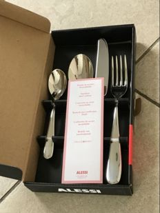 Ettore Sottsass Alessi Nuovo Milano cutlery set, 32 pieces, 8 sets