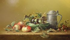 Thomas Heesakkers (1946-) - Stilleven kan met fruit