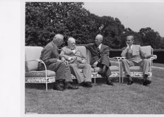 Globe Photos/Harris & Ewing - Winston Churchill & Eisenhower- 1945/54