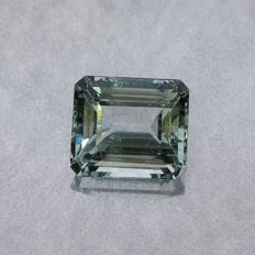 Aquamarine - 3.97 ct