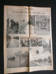Lot with 2 books and 16 newspapers about the North Sea Flood of 1953 - 1953/1992