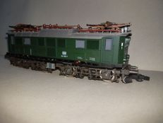 Roco H0 - 4130 - Electric locomotive Series    BR144 of the DB
