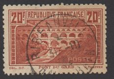 France 1930 – Pont du Gard serrated 11 – signed Calves – Yvert #262B