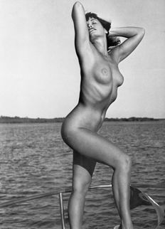 Bunny Yeager - Bettie Page 1980