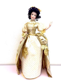Franklin Mint Heirloom Doll