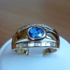 Gold ring with oval blue sapphire and diamonds - size: 55