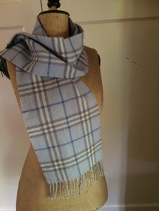 Burberry-baby blue-scarf