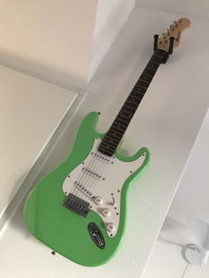 Dimavery Stratocaster ST 203 mint green - China - 2013