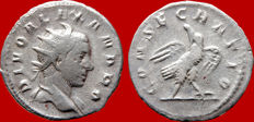 Roman Empire - Trajan Decius (249-251 A.D.) restitution issue for DIVO ALEXANDRO (Died 235)., silver antoninianus (4,00 g 21 mm.). Rome mint. CONSECRATIO. Eagle. Rare.
