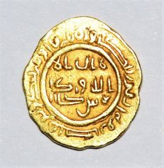 Islamic World - Gold Dinar no date ca. 18th. century (?), mint: Possibly Sijistan, Abbasid Imitation?
