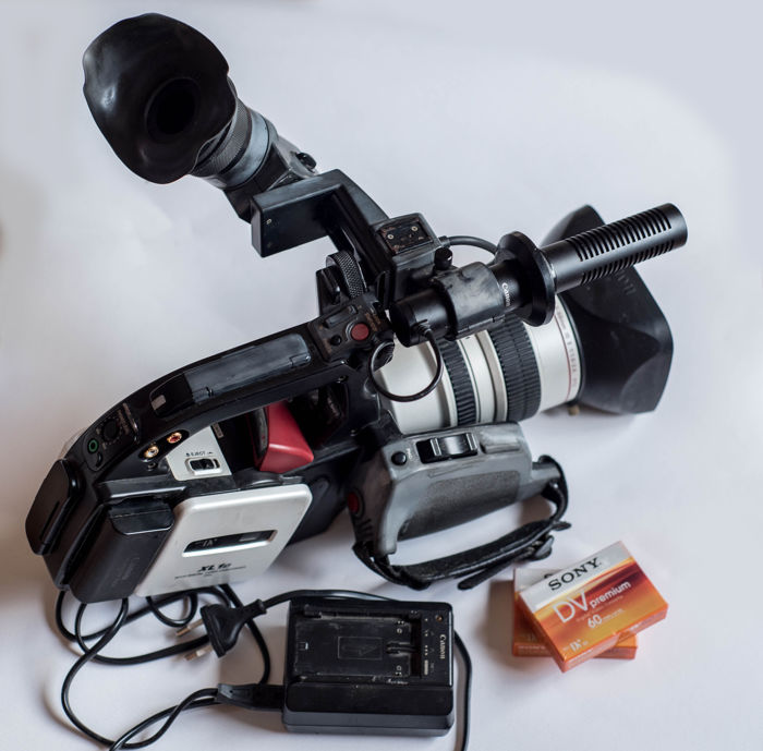 Canon XL1S Camcorder - Black Silver (PAL) set - Catawiki 5d95d74441ee