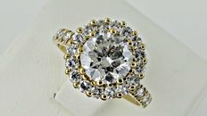 IGL 2.60 ct round diamond engagement halo ring in 14 kt yellow gold - size 7
