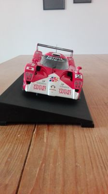 AUTOart - Scale  1/18 - Toyota GT-One #2 Le Mans
