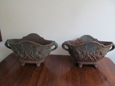 Two beautiful antique cast iron planters - France - Ca. 1900