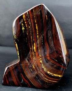 Large and colourful Tiger's Eye tumble - 129 x 107 x 62 mm - 1618 gm