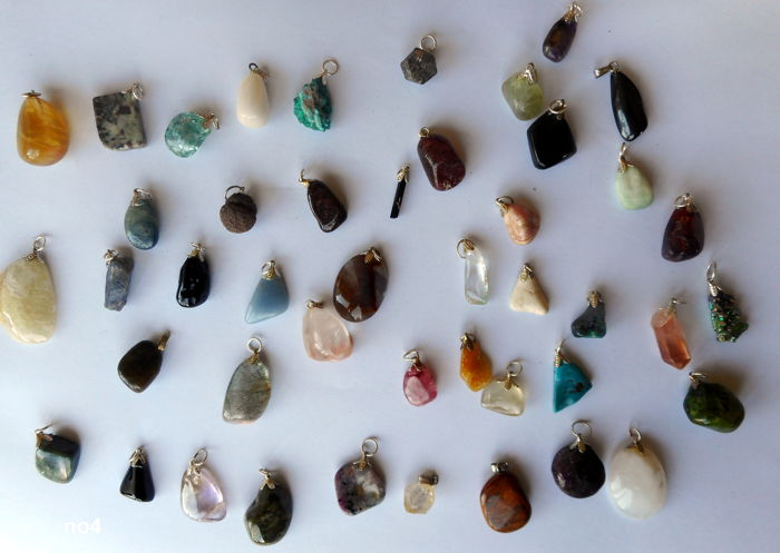 Large lot of semi-precious and mineral pendants-12 to 30 mm (45 pieces)