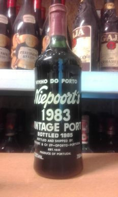 1983 Vintage Port Niepoort - 1 bottle