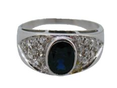 Cocktail ring with Sapphire and Diamonds of 18 kt White gold with Gemological Certificate
