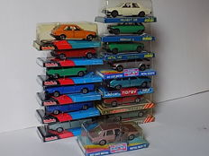 Norev/Solido - Scale 1/43 - Lot with 14 Renault, Talbot, Ford, BMW and Peugeot models, 1970s
