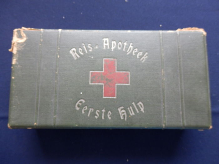nice collection of 4 very old first aid kits from mid 1950s catawiki