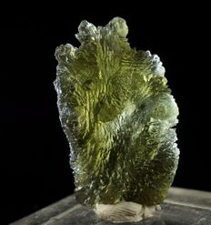 Moldavite high quality genuine Czech Republic tectite - 3,1 x 1,8 x 1,0cm - 20,8ct ( 4,16gm )