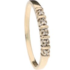 14 kt Yellow gold ring set with 5 diamonds of approx. 0.025 ct in total – Ring size: