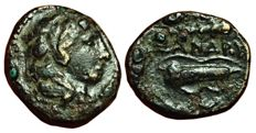 Greek Antiquity - Macedonian Kingdom, Alexander III the Great (336-323 BC) - Æ Quarter Unit (13mm; 1,91g.), Western Asia Minor - Head Herakles / Club, bow and quiver - Price 267