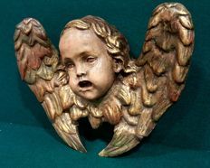 Lovely winged angel of carved, gilded and polychromed wood - Spain - 19th century