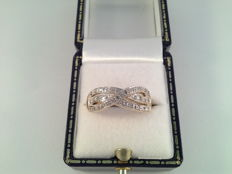 Vintage yellow and white gold ring with 0.28 ct diamond, Ring size: 18 / 57.