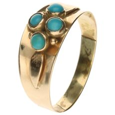 14 kt Yellow gold ring set with four turquoise stones - ring size: 19 mm