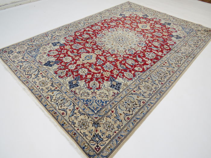 Very beautiful Persian carpet, patina, Nain / Iran, 240 x 170 cm, end of the 20th century Very clean – with lots of fine silk