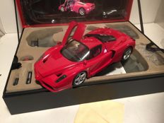 Tamiya - Scale 1/12 - Enzo Ferrari - Red