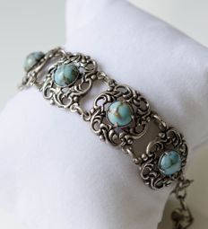 Silver bracelet with natural stones