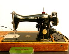 Singer 15K sewing machine with case, 1937
