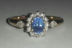 Gold ring with natural Ceylon sapphire and diamonds - Ring size: 17.25 (mm)