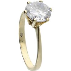 14 kt Yellow gold ring set with a brilliant cut cubic zirconia – Inner size: 16.75 mm