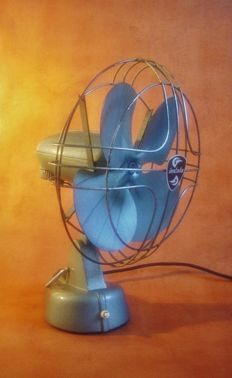 Indola - Type TV-11 Metal Desk Fan